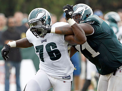 Will DE Philip Hunt make the Eagles´ 53-man roster? (Yong Kim/Staff Photographer)