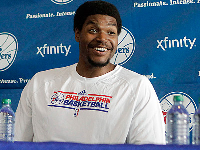 Is Andrew Bynum better than Dwight Howard? (Brynn Anderson/AP)