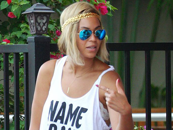 "Beyonce sports the ""Karlie"" while in Miami, one week after creating a hoopla over her new pixie cut. (Twitter / @bey_exclusive)"