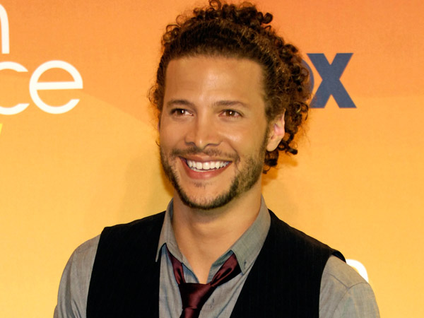 Justin Guarini arrives at the Teen Choice Awards in Universal City, Calif., Sunday, Aug 26, 2007.  (AP Photo/Chris Pizzello)