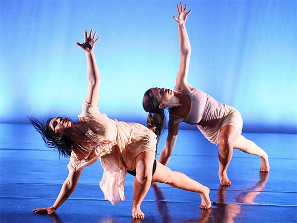 "MM2 Modern Dance Company will perform ""Breath"" Wednesday at the Michener Art Museum. (Bill Hebert)"