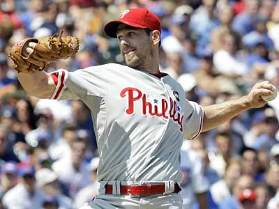 How do Cliff Lee and the 2009 Phils measure up to the 2008 squad through 115 games? (File photo)