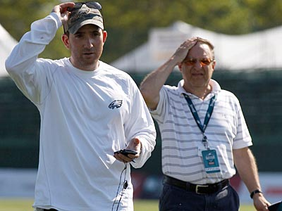Howie Roseman and Joe Banner have been quiet about the Eagles´ struggles. (Yong Kim/Staff file photo)