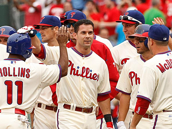 The Phillies´ Michael Young is congratulated by teammates. (Ron Cortes/Staff Photographer)