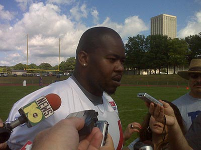 Newly-signed Giant Shawn Andrews talks to the media today. (Photo by Mike Garofalo, Newark Star-Ledger)