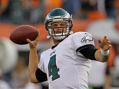 Kevin Kolb went 11-for-17 for 126 yards against the Bengals. (AP Photo / Ed Reinke)