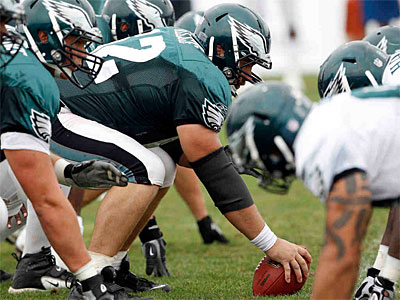 Eagles rookie Jason Kelce will get all the first-team reps this week in practice. (Yong Kim / Staff Photographer)
