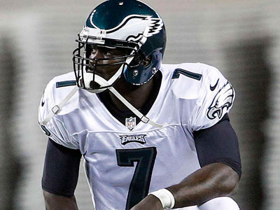 """I´m feeling better. Hanging in there. Trying to make it to September 9,"" Michael Vick said. (Yong Kim / Staff Photographer)"
