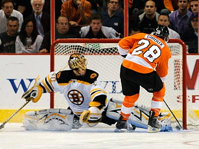 Flyers winger Glaude Giroux scores during a shootout against the Bruins on October 22. (AP file photo / Michael Perez)