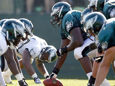Jamaal Jackson has seen Jason Kelce move ahead of him on the depth chart at center. (Yong Kim/Staff Photographer)