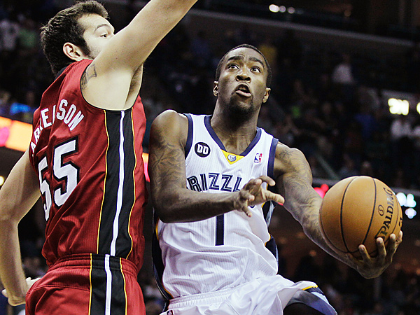 The Sixers have reportedly acquired Grizzlies guard Tony Wroten (right). (Danny Johnston/AP file photo)