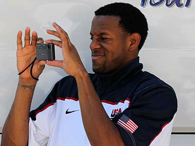 The Sixers´ Andre Iguodala has been named to the final roster for Team USA. (AP Photo/Thanassis Stavrakis)