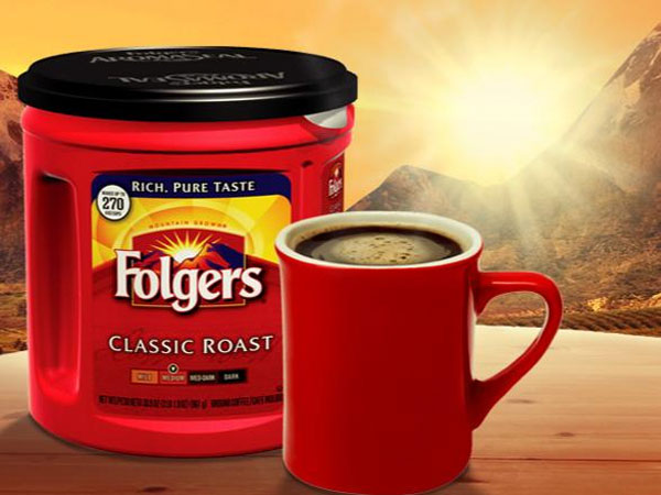 Folgers, much to the chagrin of coffee snobs, is still the leading brand sold on the U.S. market, according to Bloomberg Businessweek.