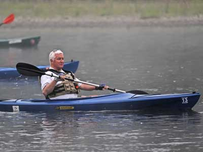 Gov. Corbett recently paddled along the Delaware River in a kayak. (MICHAEL BRYANT / Staff Photographer )