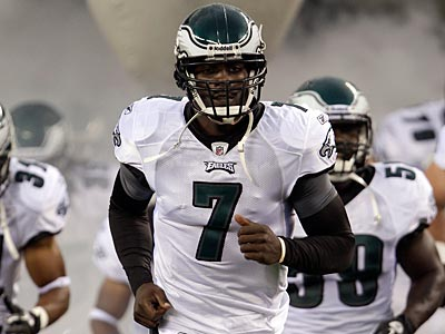 The Eagles and Michael Vick have reportedly agreed to a six-year, $100 million deal. (David Maialetti/Staff file photo)