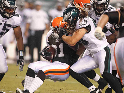 Eagles linebacker Casey Matthews bounced back this week against the Browns. (Ron Cortes/Staff Photographer)