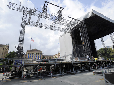 The main stage takes form for the Made in America concert to be held on the Benjamin Franklin Parkway Saturday and Sunday. Jay-Z and Pearl Jam will be the headliners. (Sharon Gekoski-Kimmel / Staff Photographer)