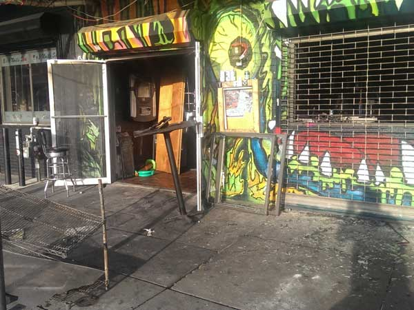 An early-morning fire on Aug. 29, 2014, damaged Teri´s bar in South Philadelphia. (Nick Vadala / Philly.com)