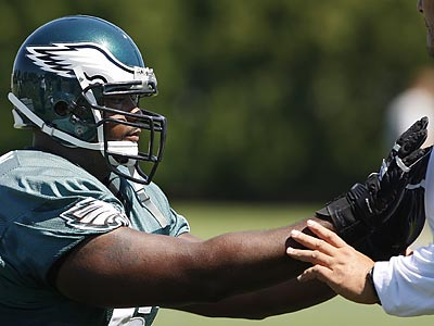 Jamaal Jackson plans to be the Eagles´ starting center for the season opener. ( Ron Cortes / Staff Photographer )