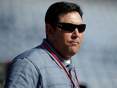 Phillies GM Ruben Amaro Jr. has shown some interest in international players this offseason. (David Maialetti/Staff file photo)