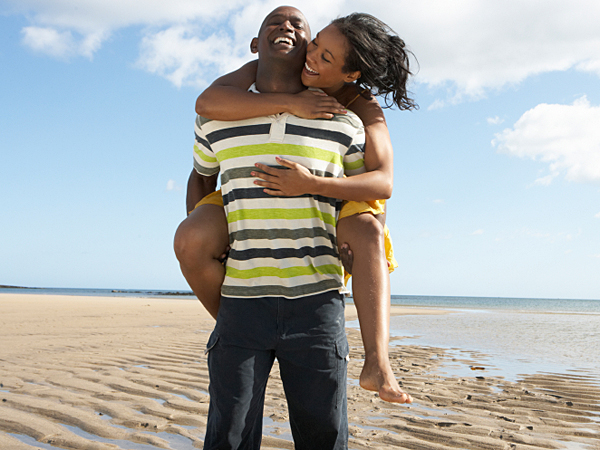 Even if you don´t have time to take off work, skip town with your guy before the season of vacation ends. You can spend a night at a bed and breakfast or make a day trip to the beach. (iStock)
