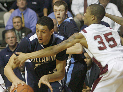 St. Joe´s will host Villanova on campus this year, instead of at the Palestra. (H. Rumph Jr/AP file photo)