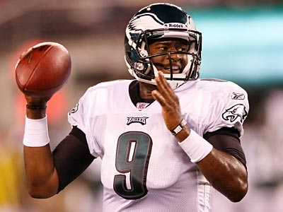 Vince Young left Thursday´s Eagles game with a right hamstring injury, the Eagles said. (Michael S. Wirtz/Staff Photographer)