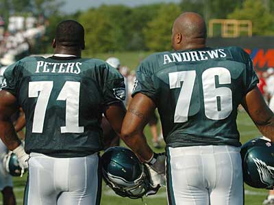 The Eagles added Jason Peters (71) and Stacy Andrews (76) to their offensive line in the offseason. (Clem Murray / Staff Photographer)