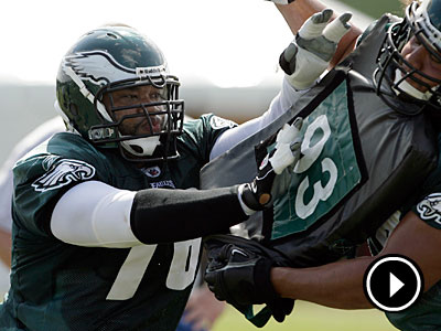Stacy Andrews may not have much of a grip on the starting right guard job. (Yong Kim / Staff file photo)