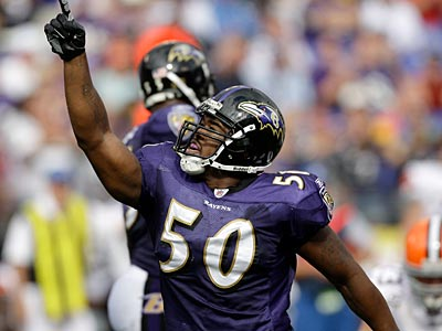 The Eagles traded for Ravens defensive end Antwan Barnes. (AP Photo / Rob Carr)