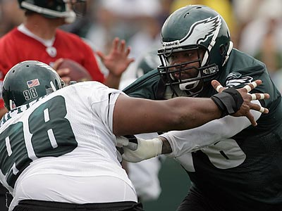 Stacy Andrews started only two games for the Eagles last season. (Yong Kim/Staff Photographer)