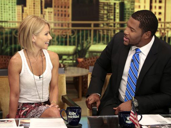 Kelly Ripa, left, and Michael Strahan. (David Russell / Disney, ABC)