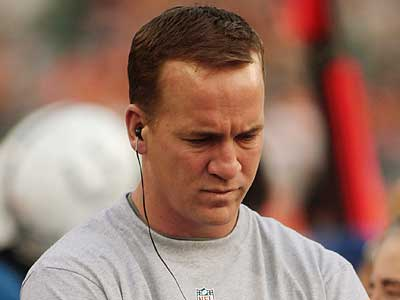 Peyton Manning´s health could derail the Colts´ postseason plans. (Tony Tribble/AP)