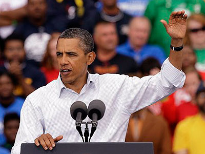 President Barack Obama speaks after the annual Labor Day parade in Detroit, Monday. Obama´s speech was a dress rehearsal for the jobs address he´s delivering to a joint session of Congress on Thursday night. (AP Photo / Paul Sancya)