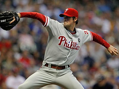 Cole Hamels pitched up his 14th win of the season after defeating the Brewers on Thursday night. (Jeffrey Phelps/AP)