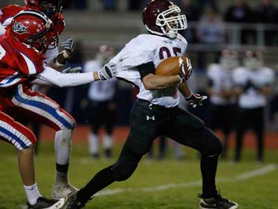 Abington´s Ray Schreiner had 924 yards and six touchdowns in 2010. (Michael S. Wirtz / Staff Photographer)