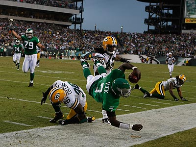 The Packers´ defense had a rough time with Michael Vick on Sunday. (Ron Cortes/Staff Photographer)