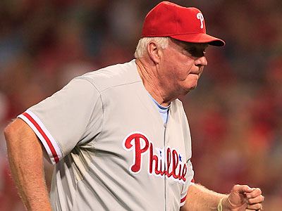 Charlie Manuel has put Carlos Ruiz and Kevin Frandsen in his starting lineup tonight in Houston. (Al Behrman/AP file)