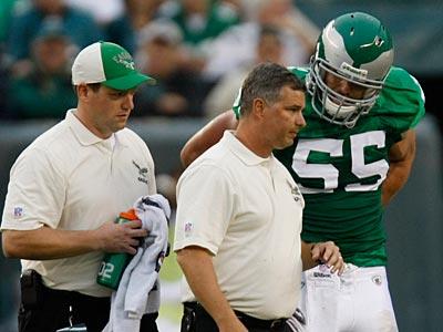 After suffering a concussion last week, Stewart Bradley will start in next week´s game. (Michael S. Wirtz / Staff Photographer)