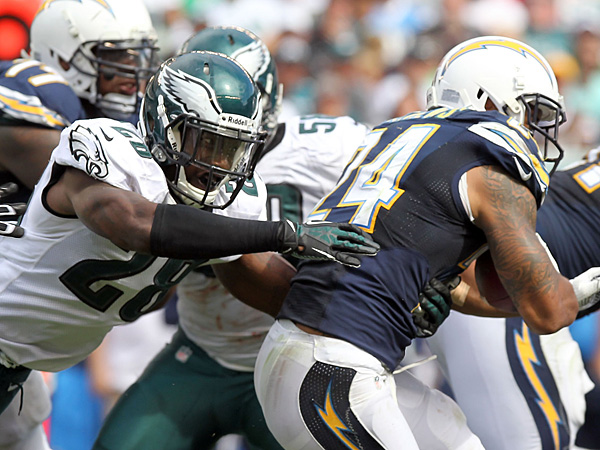 Eagles safety Earl Wolff goes after San Diego Chargers running back Ryan Matthews on Sunday, September 15, 2013.  (Yong Kim/Staff Photographer)