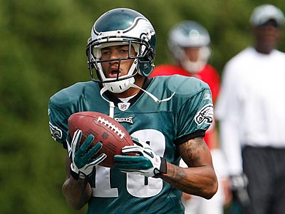"DeSean Jackson told fans last night that he hopes to be ""an Eagle for my career."" (David Maialetti / Staff Photographer)"