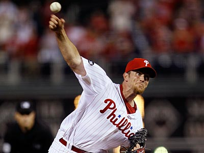 Brad Lidge struggled in Wednesday´s outing against the Marlins. The Phillies won the game, 10-5. (AP Photo / Matt Slocum)