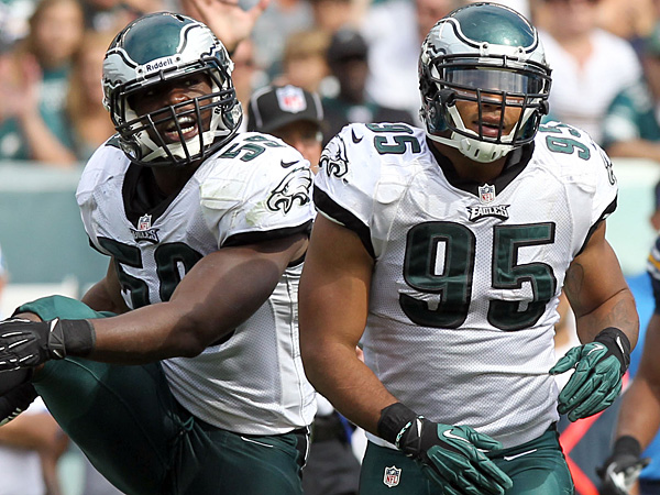 Eagles linebackers DeMeco Ryans (left) and Mychal Kendricks (right). (Yong Kim/Staff Photographer)