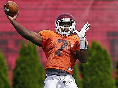 Kevin Newsome was recently converted from quarterback to h-back. (David Maialetti/Staff file photo)