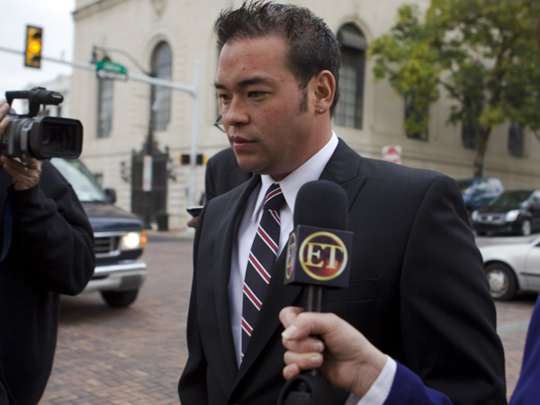 Jon Gosselin walks past reporters after he exited the Montgomery County courthouse in Norristown, Pa., Tuesday, Oct. 13, 2009. (AP Photo/Matt Rourke)