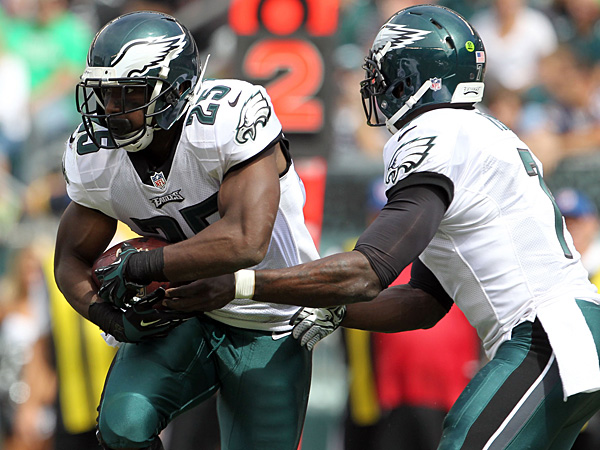 Eagles running back LeSean McCoy (left) and quarterback Michael Vick (right). (Yong Kim/Staff Photographer)