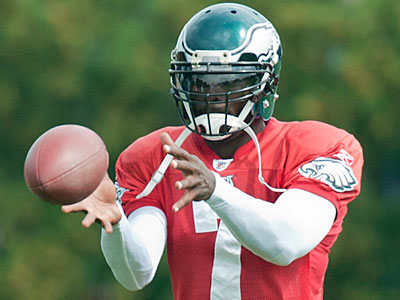Michael Vick was a full participant in the Eagles afternoon practice Thursday. (Clem Murray/Staff Photographer)