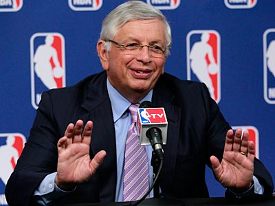 "NBA commissioner David Stern said ""the NBA´s next offer will reflect the losses that are starting to pile up.""  (Julio Cortez/AP file photo)"
