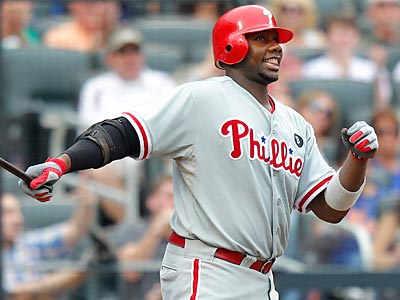 Ryan Howard strikes out in the ninth inning during the first game of Saturday´s doubleheader. (Paul J. Bereswill/AP)