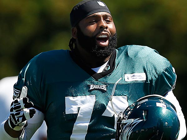Eagles offensive lineman Jason Peters. (David Maialetti/Staff Photographer)